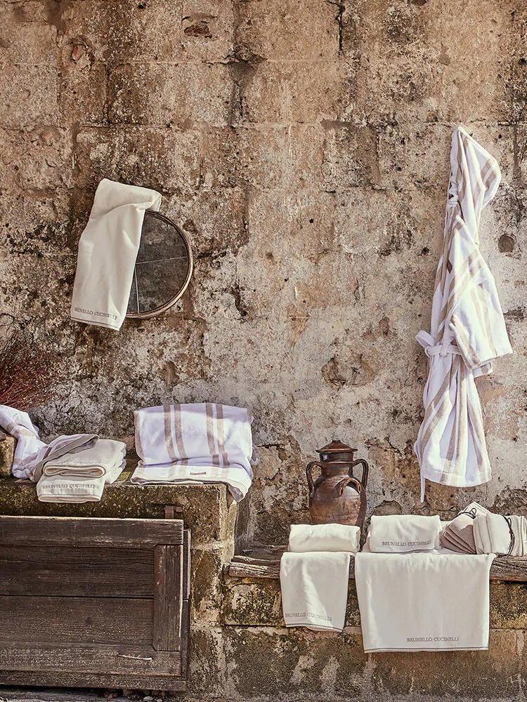《Brunello Cucinelli》2021春夏家居用品&家居服系列Lookbook